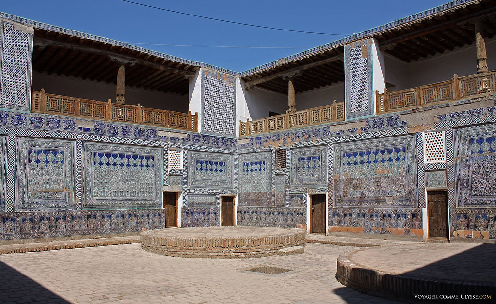 Palais de Tosh-Khovli, couvert de majolique