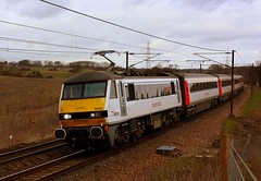 A Smart Set at Brantham (Chris Baines) Tags: aga 90008 brantham norwich london liverpool st service