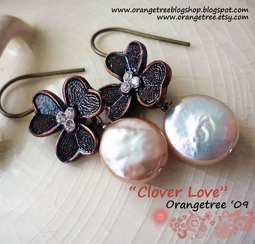 clover love earrings