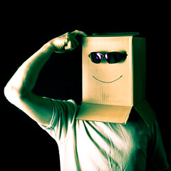 smile sunglasses box tshirt project365 fgr strobist tse45mmf28