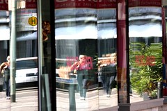 Very confusing (Frank's Photography - www.keep-shooting.com) Tags: woman reflection germany mirror frankfurt confusion confusing guessedfrankfurt manyfold