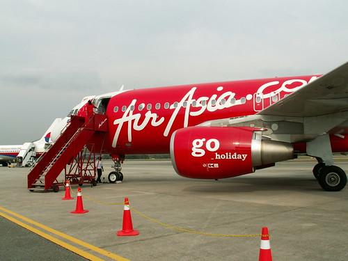 Malaysia Urlaub und Reisen, Air Asia airplane (by Auswandern Malaysia)
