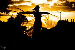 (Priscilla  Little Druga) Tags: madrid sunset fairytale butterfly atardecer cuento fairy bellydance mariposa tale magichour priscilla hada campodelasnaciones parquejuancarlosi fbula danzaoriental isiswings alasdeisis horamgica img9907 littledruga palomafernndezvilla starsmaquillaje palomidemiguel