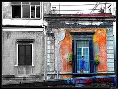 La forza delle parole... (JorJey) Tags: bw window colors graffiti colours kodak bn finestra nancy napoli colori picnik muri signora colorphotoaward artofimages z980
