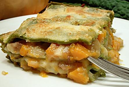 lasagne al cavolo nero con ragu di castagne e zucca _ e profumo di bosco