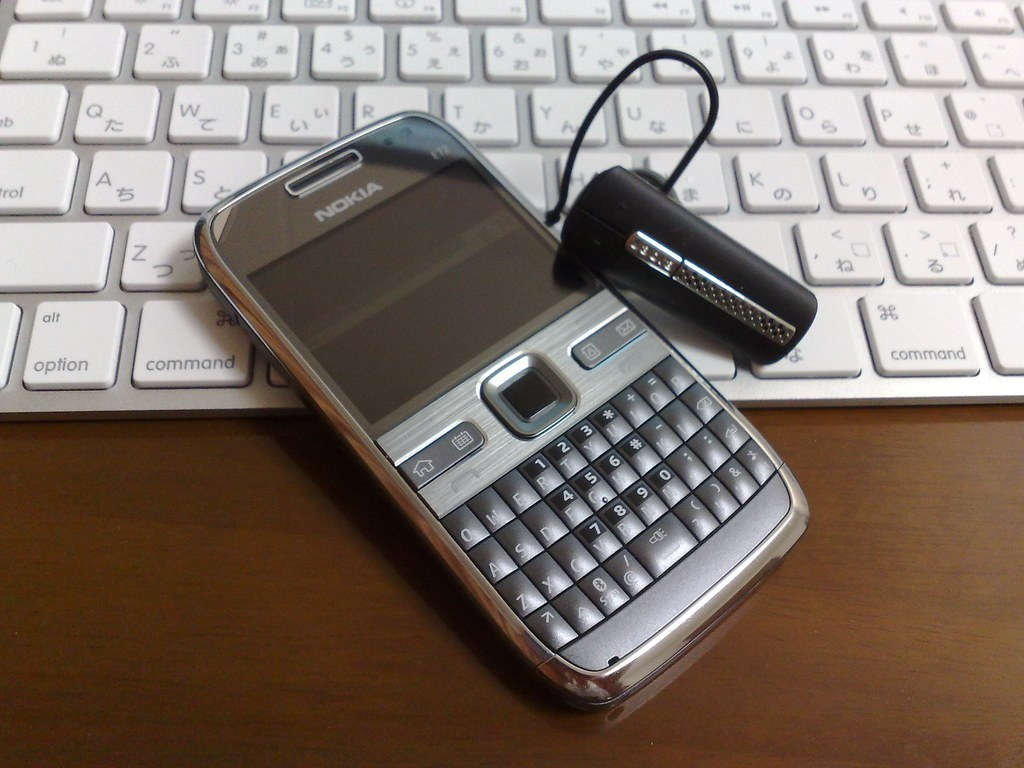 NOKIA E72 and BT530