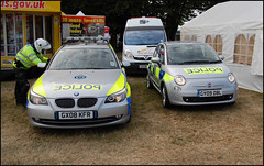 Sussex Police Force BMW and Fiat (Si 558) Tags: festival speed sussex fiat police bmw 500 emergency fos 2009 goodwood services cinquecento goodwoodfestivalofspeed