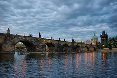 Most Karola, Charles Bridge (kalifornia7777) Tags: bridge prague praha praga most charlesbridge ceskarepublika karlv czechy mostkarola platinumheartaward vanagram