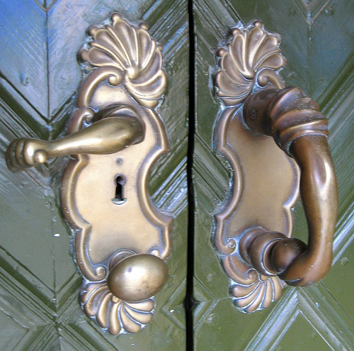 Door Handle and Knocker with instructions.. by faster2007.