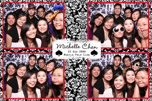 113845-custom-poof_middle by Poof Photobooth