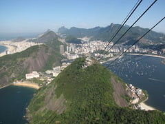 BEAUTIFUL RIO DE JANEIRO! (benyeuda) Tags: ocean city homes sea brazil sky mountain mountains green beach southamerica rio riodejaneiro forest marina buildings boats sand rainforest bluesky hills copacabana cablecar beaches yachts sugarloaf atlanticocean beautifulview ipanema buildlings amazingview beautifulcity themostbeautifulcity dejaneiro famousbeach potofogo