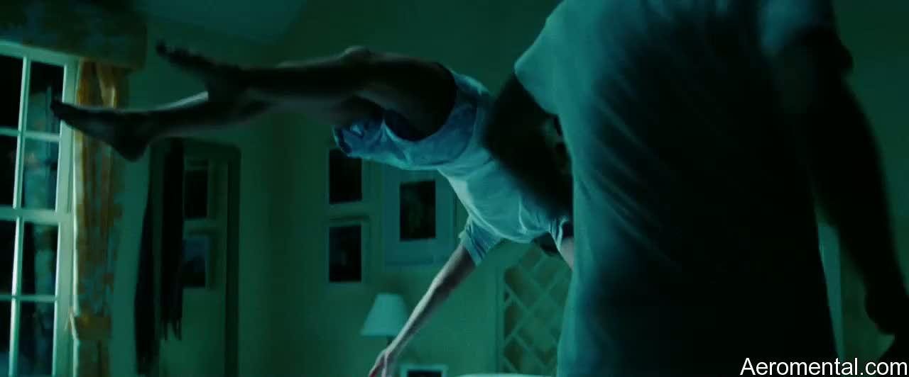 A Nightmare on Elm Street levitation