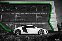 Audi R8 (Bart Willemstein) Tags: auto bw white black holland color cars netherlands car nikon shoot foto photoshoot d70 d70s nederland automotive nikkor audi selective r8 fotoshoot bartw autogespot bartwillemsteinnl