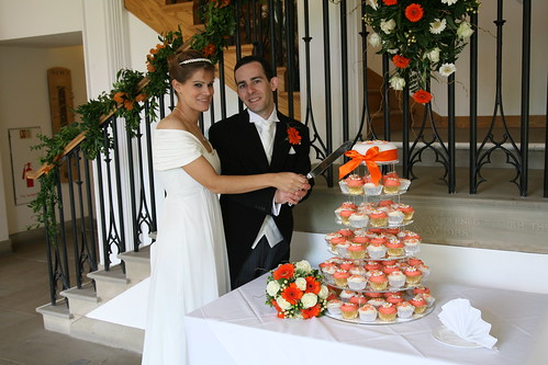 JONATHAN & CATHERINE'S VEGAN WEDDING CUPCAKES