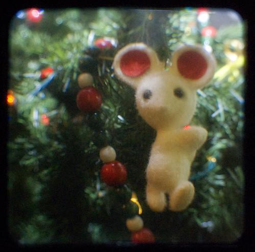 321:365 TtV Christmas mouse
