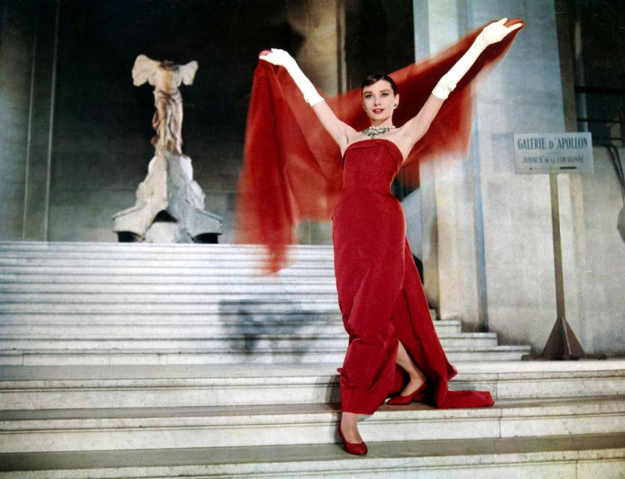 Audrey Hepburn no Louvre