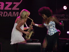 Candy & Leona @ North Sea Jazz 2009 (Rick & Bart) Tags: music festival concert rotterdam live gig jazz funk northseajazz saxophone candydulfer nsj botg rickbart thebestofday gnneniyisi leonaphilippo rickvink