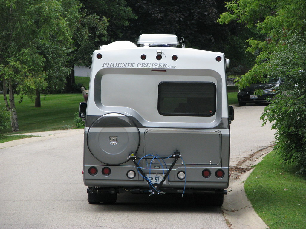 Open Roads Forum Class C Motorhomes Controlling Back Up 2002 Southwind 3 6r Coach Wiring Diagram My License Plate Is Recessed Into The Bumper So There A One Inch Roof Over It Switch Would Come Through That With Lever Down