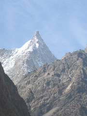 Lofty Mountains of  Kyyber (dadahnidohalakudodoparchamazaab) Tags: hunza khyber gojal