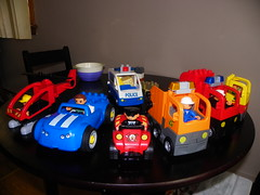 LEGO Duplo (1) (martiger) Tags: station truck fire garbage lego chief police petrol tanker duplo 4977 5605 5601 5602 5603 5637 5640