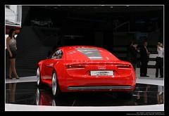 2009 Audi e-tron Concept Car (04)