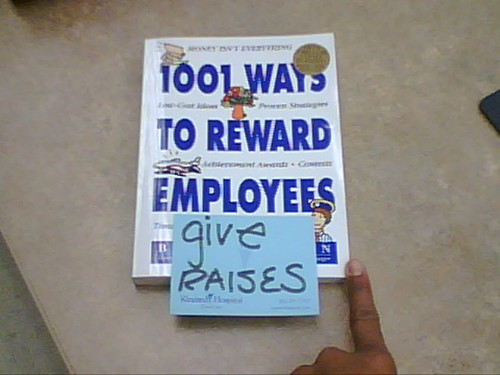 passiveaggressivenotes.com: 1 easy way to reward employees