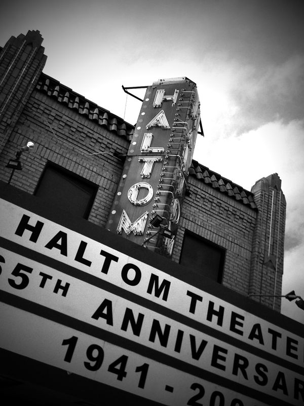 Haltom Theater. Haltom City, Texas