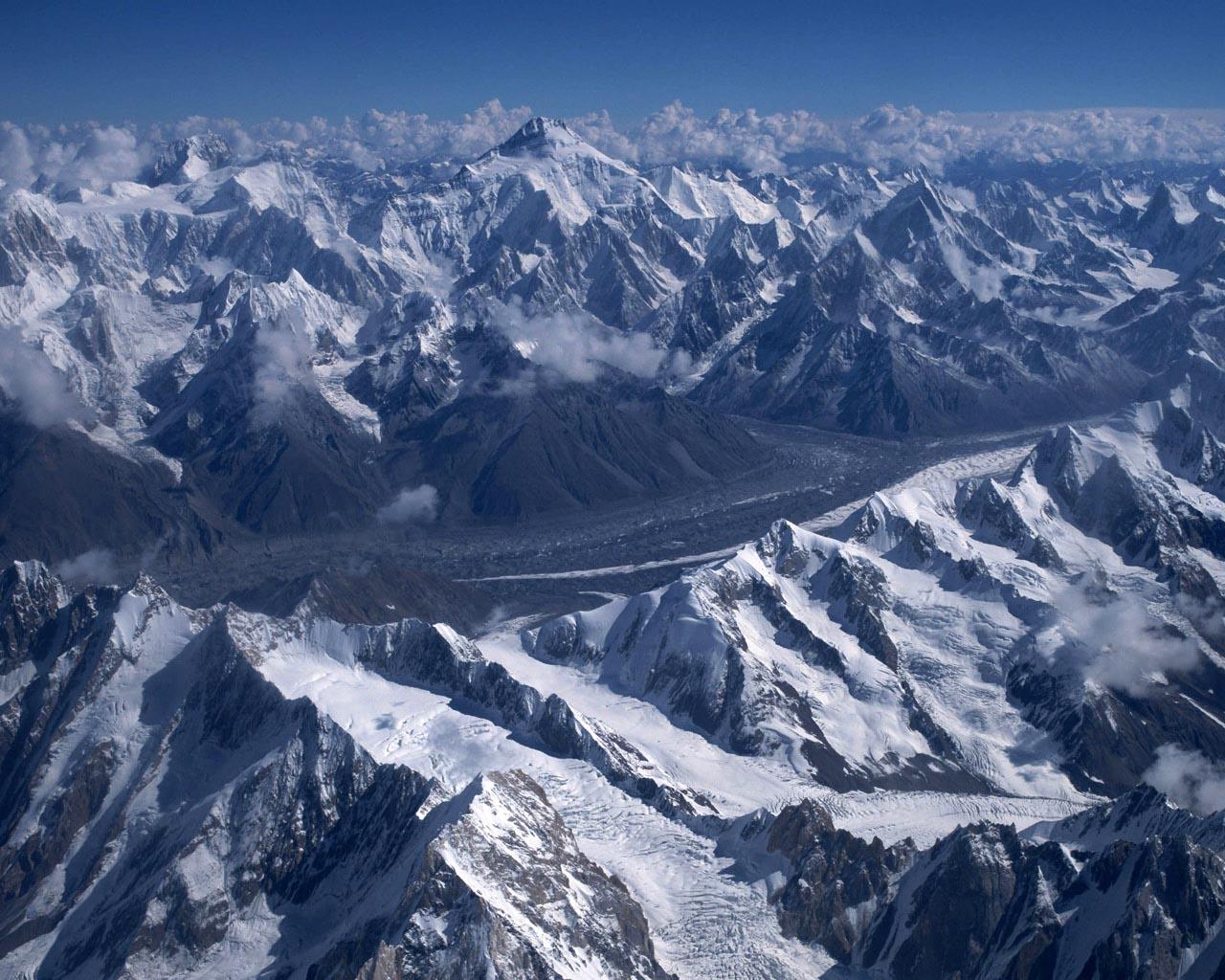 壮大な雪山景色   無料壁紙の画像   261