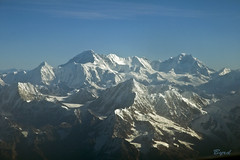 The rugged Everest range (Byrd on a Wire) Tags: nepal everest himalayas nuptse lotse changtse khumbutse