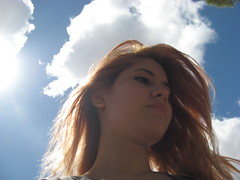 (Lolita *) Tags: blue portrait sky sun white verde green blanco sol girl face azul female clouds self hair cara teen cielo nubes campo pelo bahiablanca