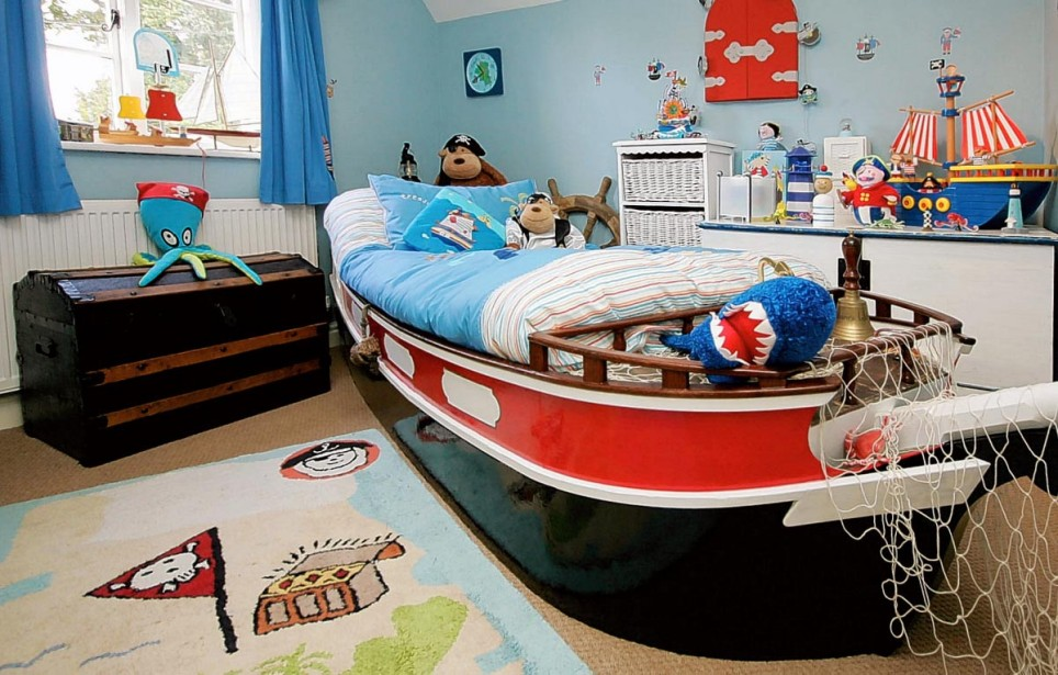 Sports themed bedroom is identical to the boys. The theme chosen sport can