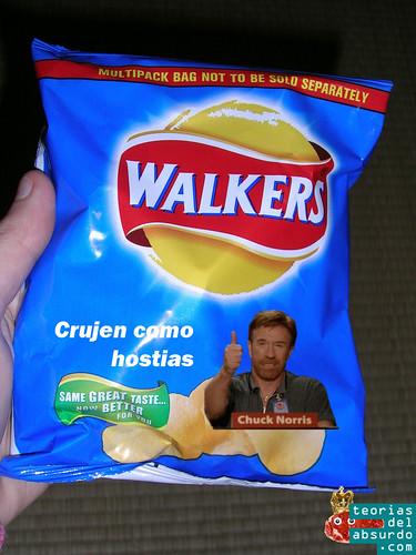 patatas fritas walkers, crujen como las hostias de chuck norris