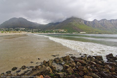 Hout Bay - Cape Town (Dhowayan (Abu Yara)) Tags: cloud mountain beach rocks