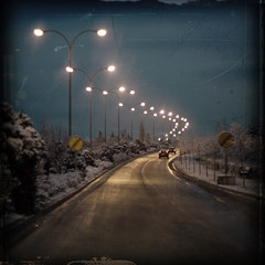 carretera helada (idlphoto) Tags: road ice square lights luces carretera hielo canon50mmf14 500x500 winner500 idlphoto