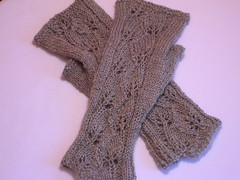 Handspun Leafprints mitts