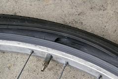 タイヤ破裂 #1