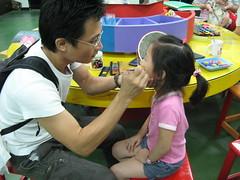 20090720-yoyo也要爸爸畫