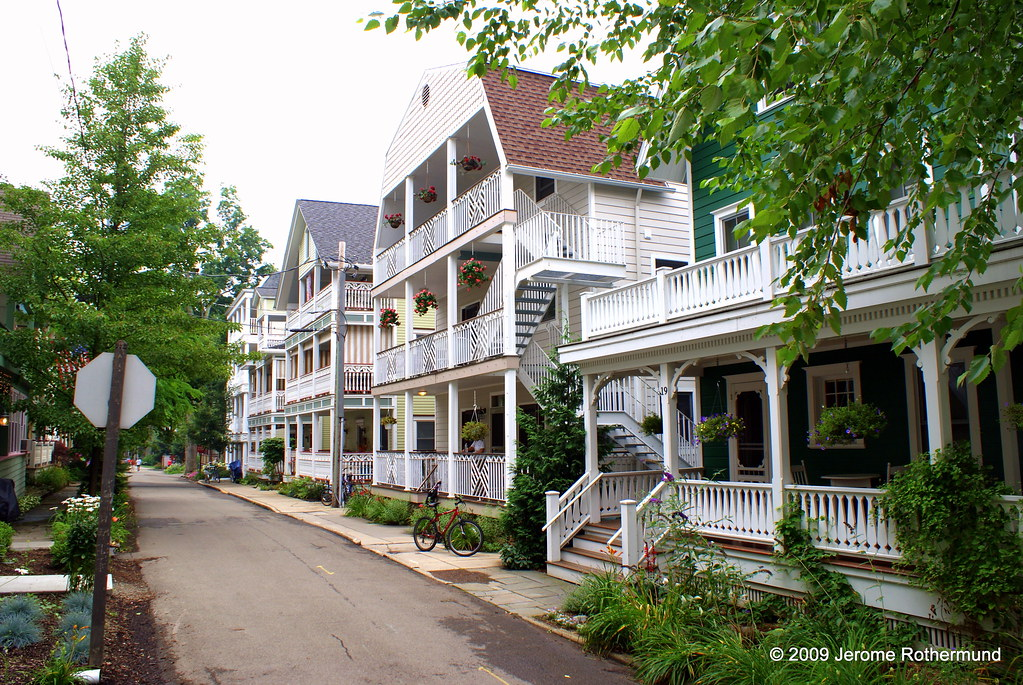 Colonial Inns in Upstate New York