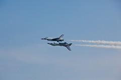 thunderbirds - 4 (Oleg Volkov) Tags: canon newjersey airplanes nj airshow atlanticcity thunderbirds 5dmarkii 5dmark2