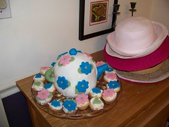 Teapot cake ad hats