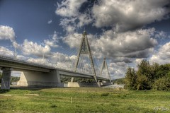 Megyeri hd / Megyeri bridge / Chuck Norris Bridge HDR (kgka00) Tags: bridge canon eos exposure hungary more 1001nights hdr 1920 chucknorris m0 tonemap photomatrix everythingscenery fotoflenvilagom