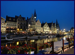 Blue night in Gand Centrum (fabiovagamundo) Tags: sunset flower water beer bar night river boats lights restaurant pub barca belgique magic group ale barche pubs acqua ghent lux notte luce gand canale sera belgio poel korenlei panasoniclumix fiandre dmctz6