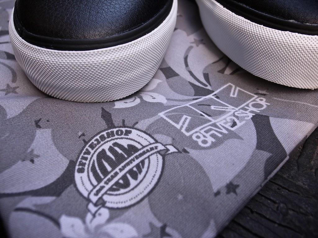 4ed25eec43 Vans x 8five2 10th Anniversary Chukka low (wZa HK) Tags  shoes sneakers  kicks. Vans Syndicate Pack by Taka Hayashi ...