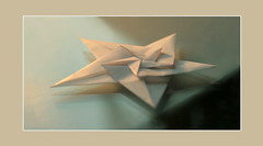 origami star (steffi's) Tags: christmas xmas stella paper star origami advent hexagonal craft ornaments modular papel stern handicrafts papier estrella carta weihnacht papercraft christmasornaments modules basteln origamistar paperstar    falten flichristmas   pentaonal origamistern