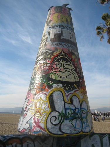 graffiti cone, venice beach