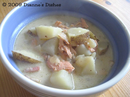 Creamy Salmon Potato Soup