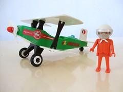 AVION BIPLANO - FAMOBIL (RMJ68) Tags: toy system plastic click plastico 1977 avion playmobil juguete iberia pegaso piloto biplano geobra famobil