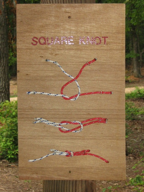 How to tie a square know