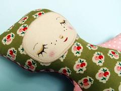 timbi_green01 (revoluzzza) Tags: baby berlin girl animal design stuffed doll leo kind softie mädchen ragdoll puppe geburt bettini revoluzzza stofpuppe