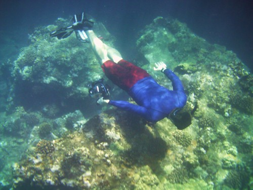 SG free diving w/ video camera